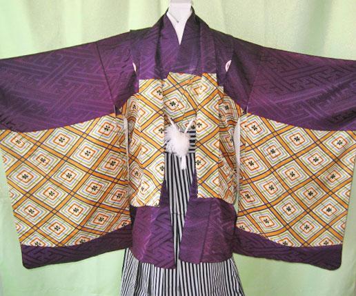 紫紗綾型+黒縞袴
