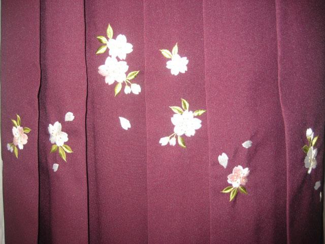 ワインぼかし刺繍袴