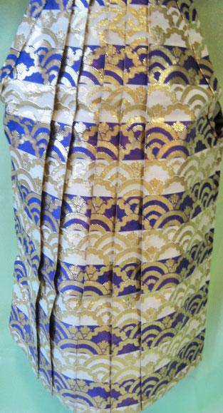 黒兜+紫白縞金波袴